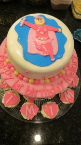 A Super Mallory Cake with coordinating cupcakes!